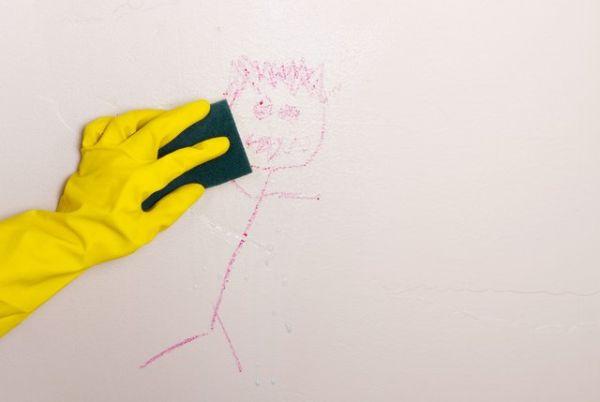 Farba łatwo zmywalna – co to znaczy w praktyce?
